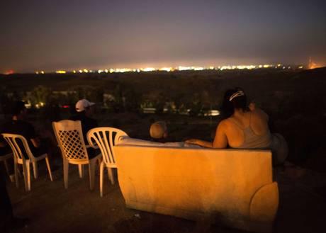 sderot-gaza-sofa-hill